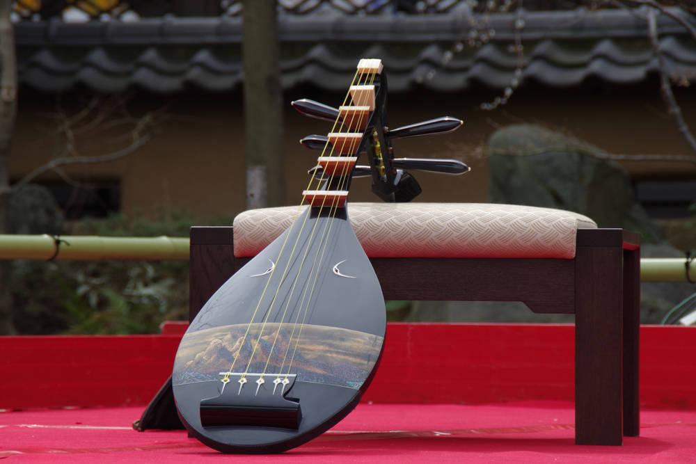 Instrumentos de cuerda orientales