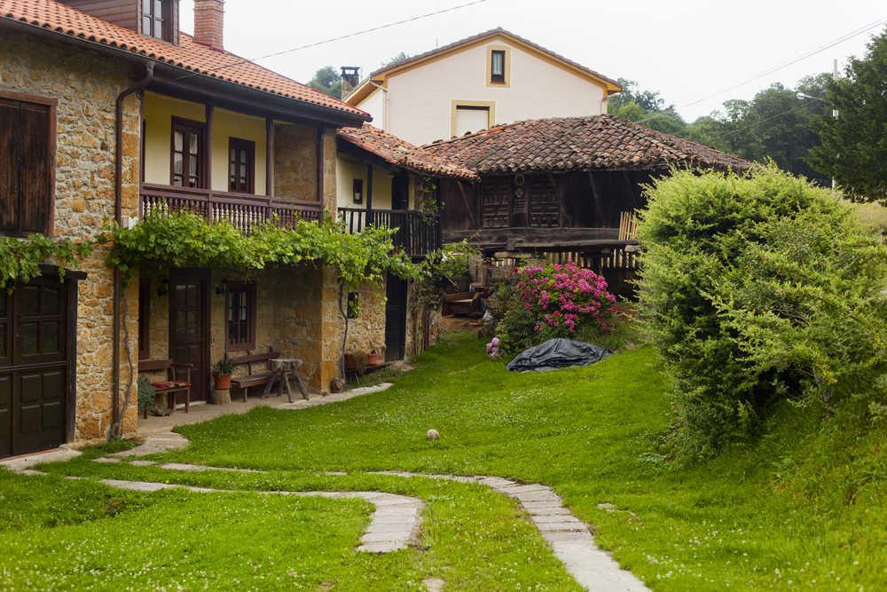 El verano del Covid es el verano de las casas rurales