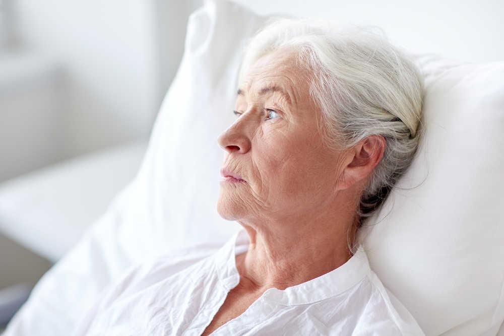 Hace falta que nos tomemos más en serio algunos aspectos relacionados con la salud de nuestros mayores